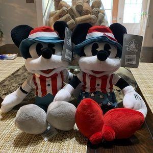 Disney Americana Mickey and Minnie